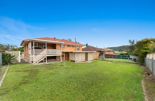 Picture of 214 Broadwater Road, Mansfield QLD 4122