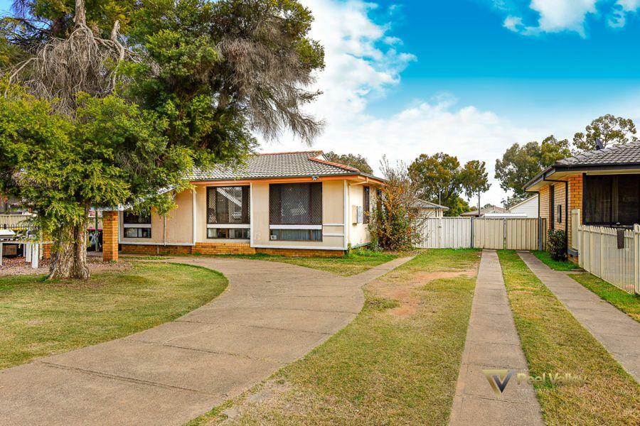 26 Quinn Street, West, Tamworth NSW 2340, Image 1