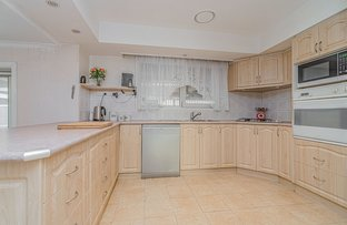 Picture of 76 Medway Road, Craigieburn VIC 3064