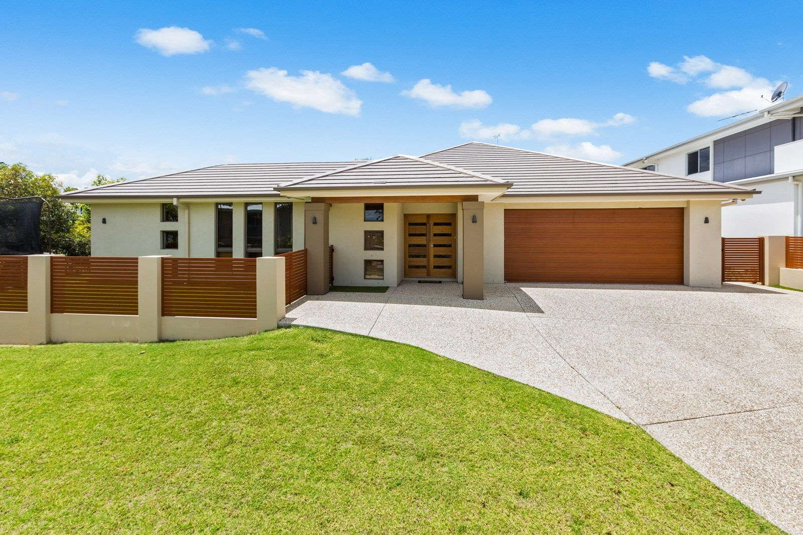 25 Cascades Street, Springfield Lakes QLD 4300, Image 1