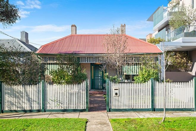 Picture of 4 Sutherland Road, ARMADALE VIC 3143