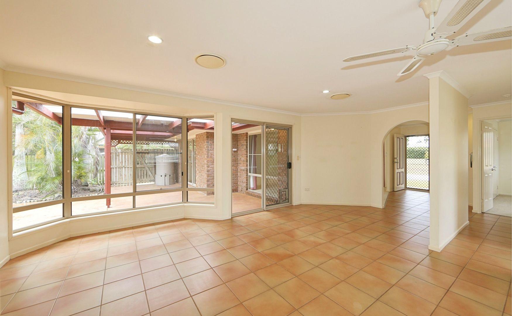 8 Solander Street, Bargara QLD 4670, Image 2