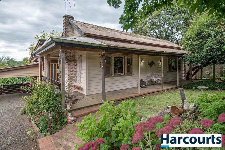 11 Innes Road, Gembrook VIC 3783, Image 1