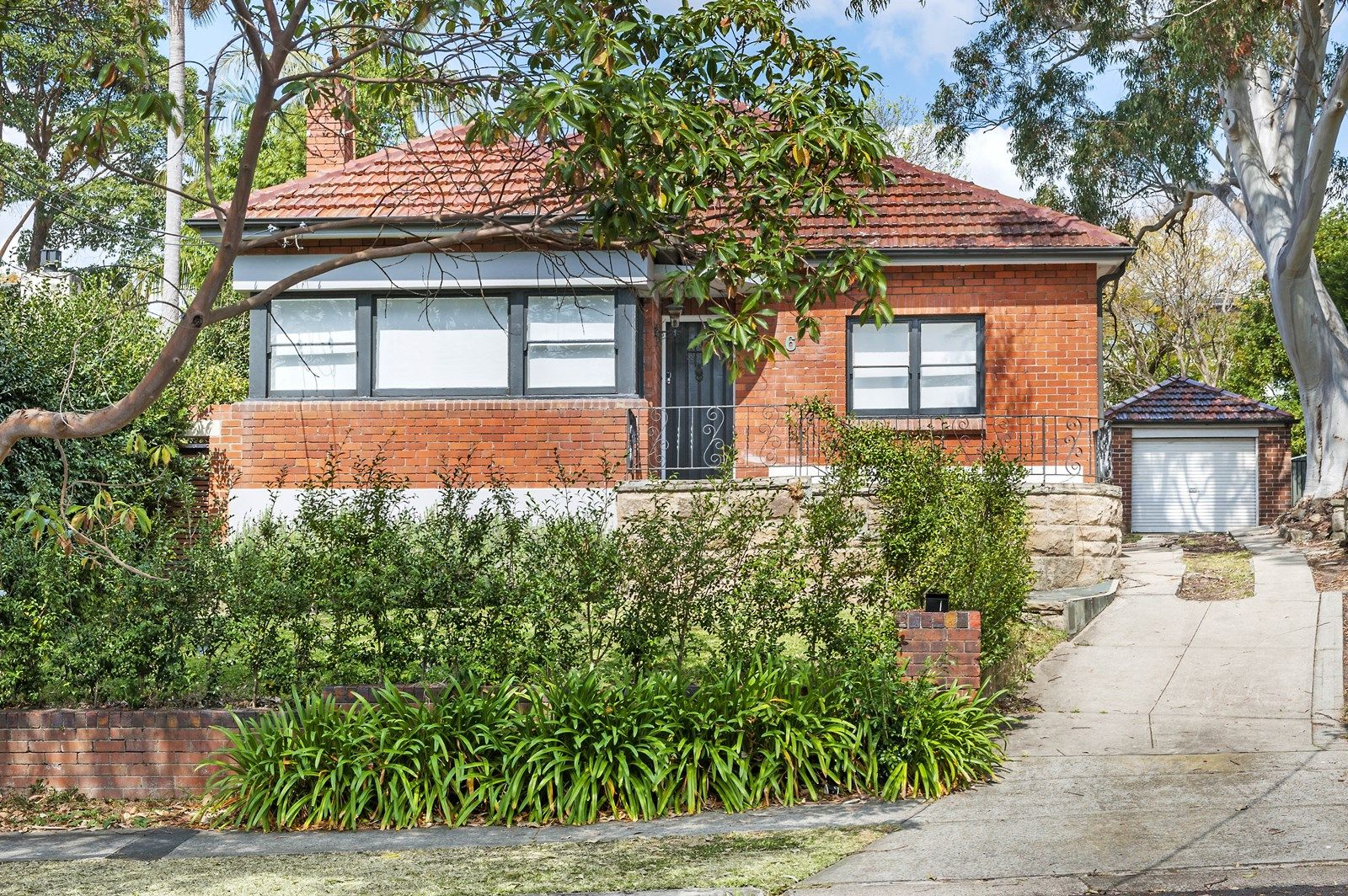 6 Avenue Road, Hunters Hill NSW 2110, Image 2