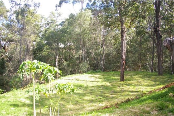 Picture of 11 Sherborne Place, CHAPEL HILL QLD 4069