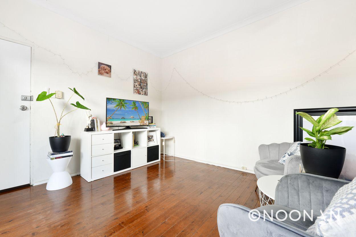 2/35 Denman Avenue, Woolooware NSW 2230, Image 2