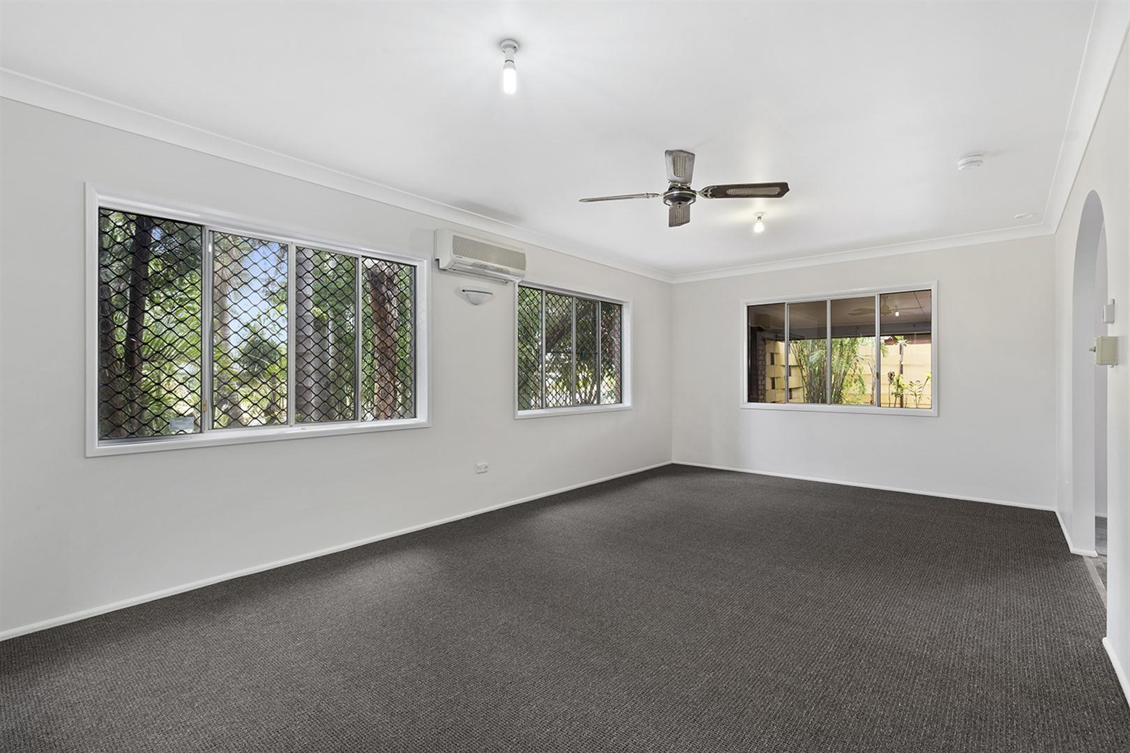 27 Fenwick Street, Gracemere QLD 4702, Image 2