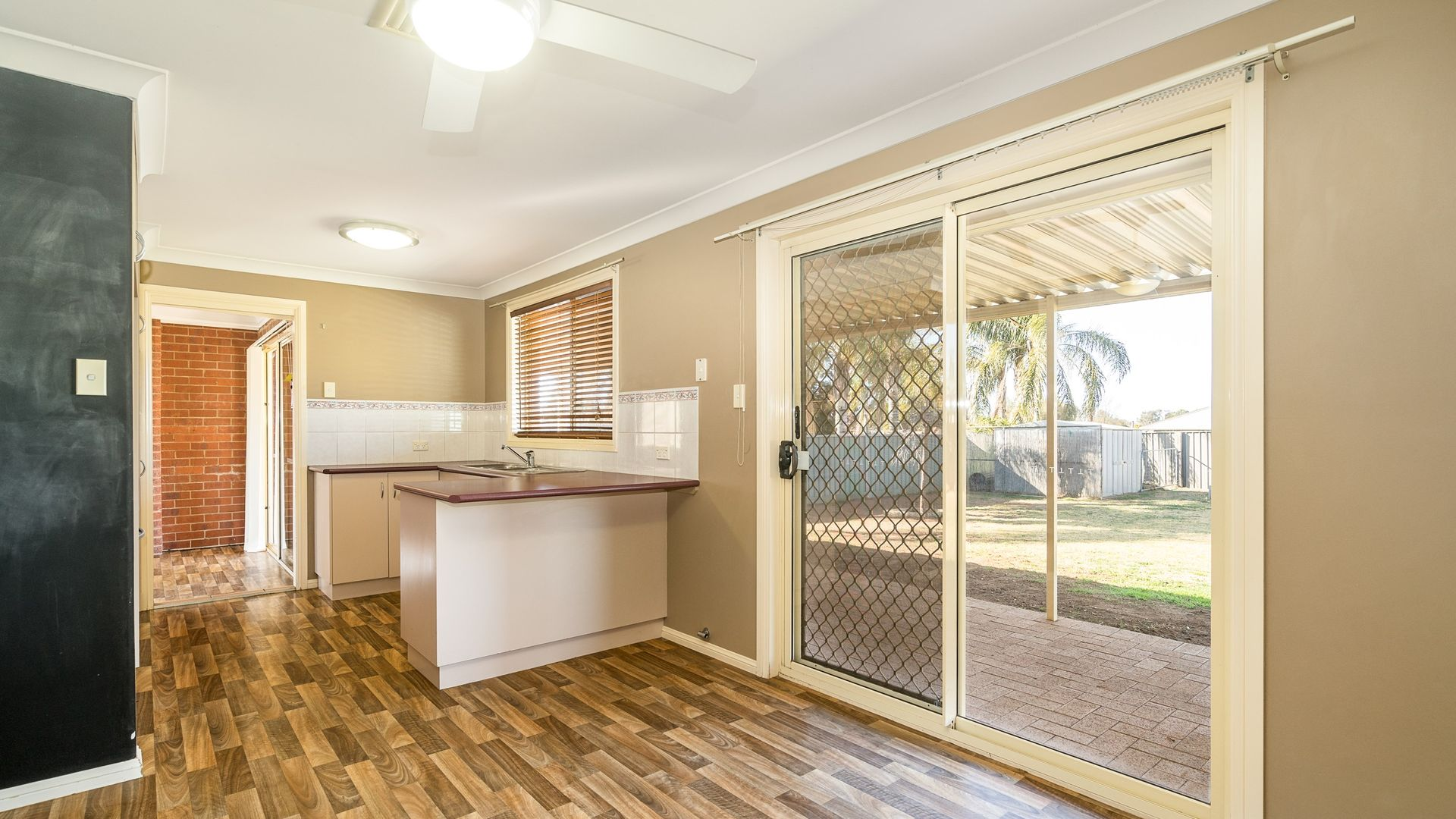 44 Meadowbank Drive, Dubbo NSW 2830, Image 2