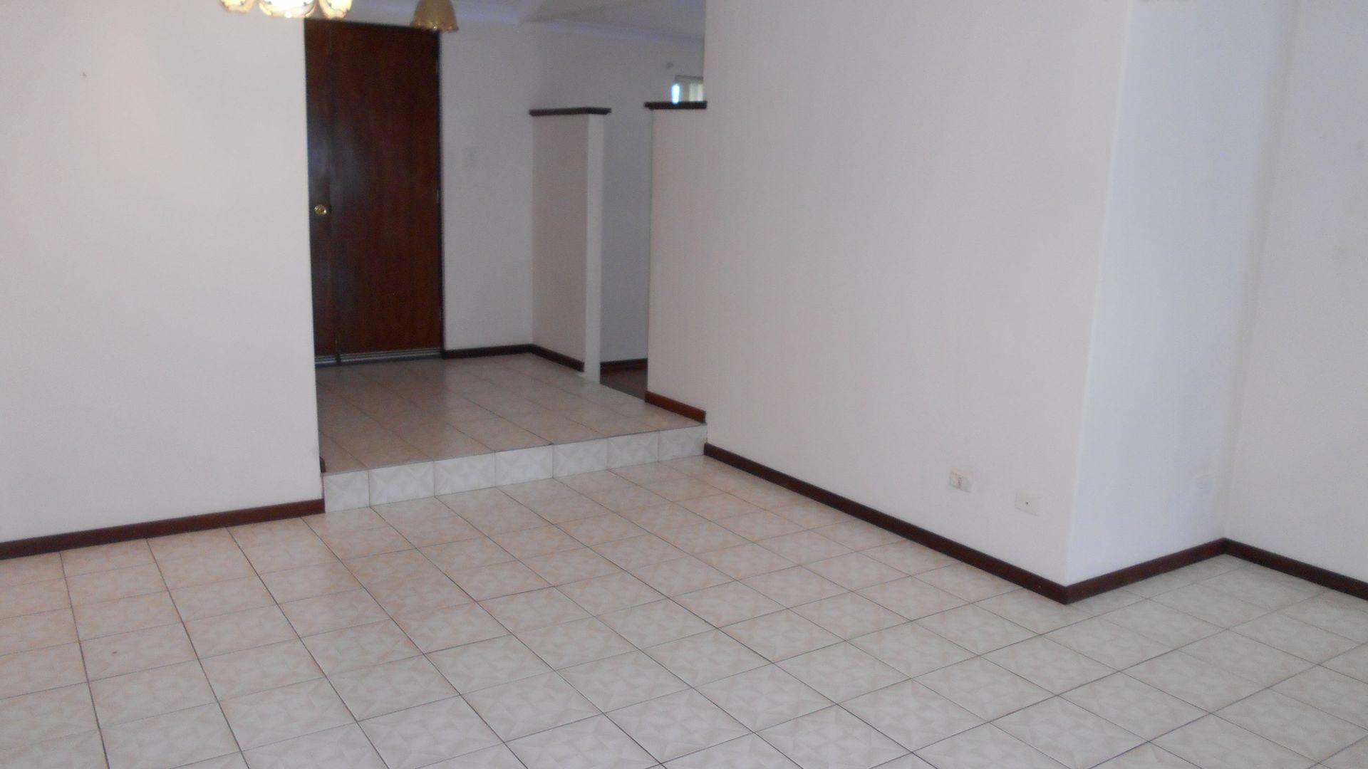 49 Hossack Avenue, Parkwood WA 6147, Image 2