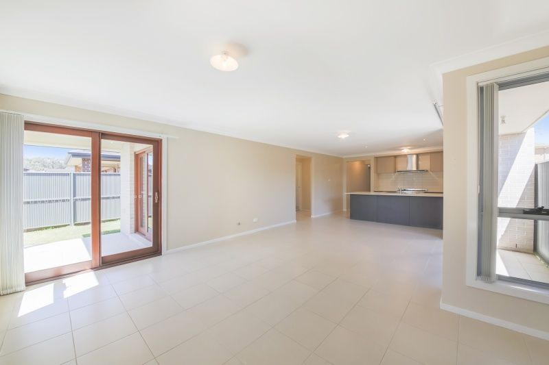 3 Tussock Street, Ropes Crossing NSW 2760, Image 2