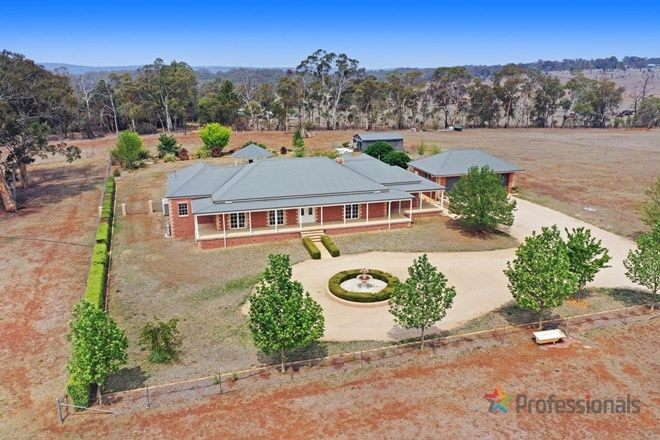 Picture of 68 Weaver Ridge Road, ARMIDALE NSW 2350