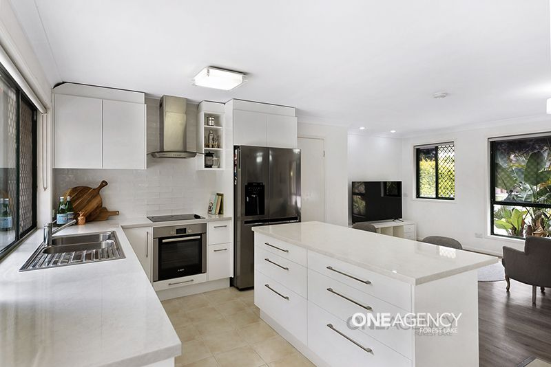 6 Allen Close, Forest Lake QLD 4078, Image 0