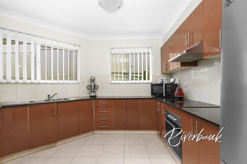10/18-20 Burnham Place, North Parramatta NSW 2151, Image 2