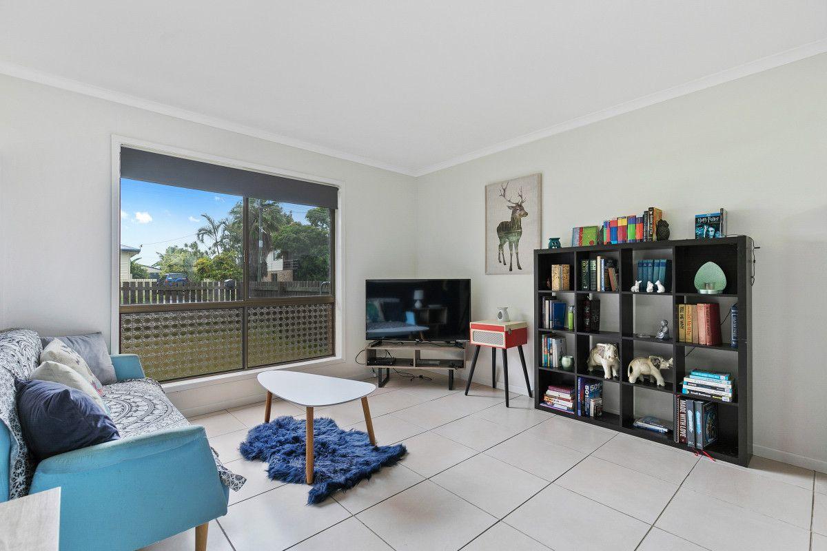 28 Caringa Street, Urangan QLD 4655, Image 2