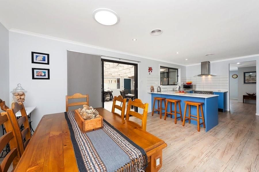31 Macleay Street, Narrawallee NSW 2539, Image 2
