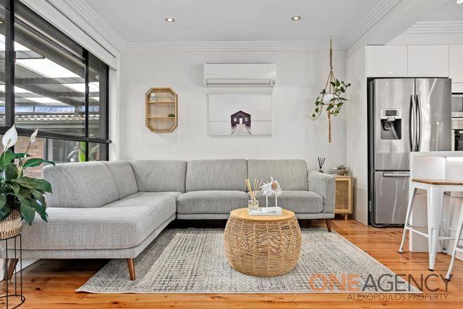 Picture of 2 Sandringham Street, ST JOHNS PARK NSW 2176