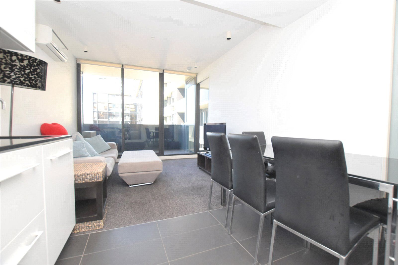 1717/39 Coventry Street, Southbank VIC 3006, Image 0