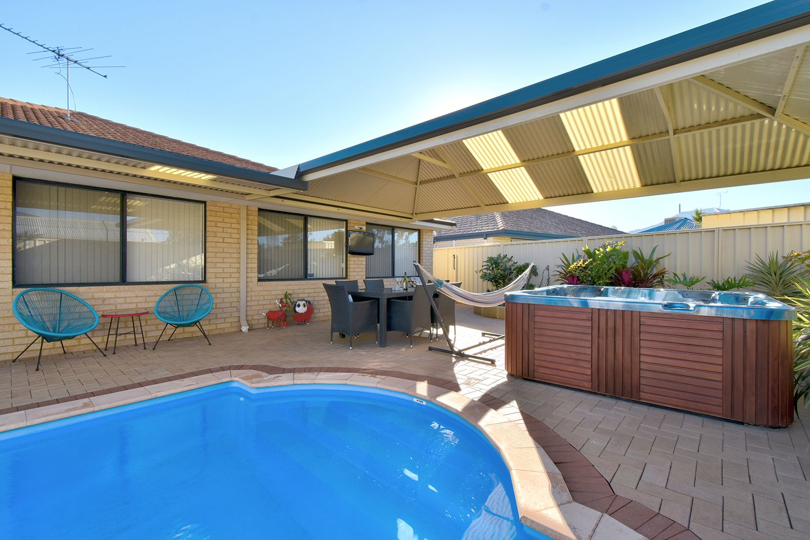 7 Clarafield Meander, Tapping WA 6065, Image 0
