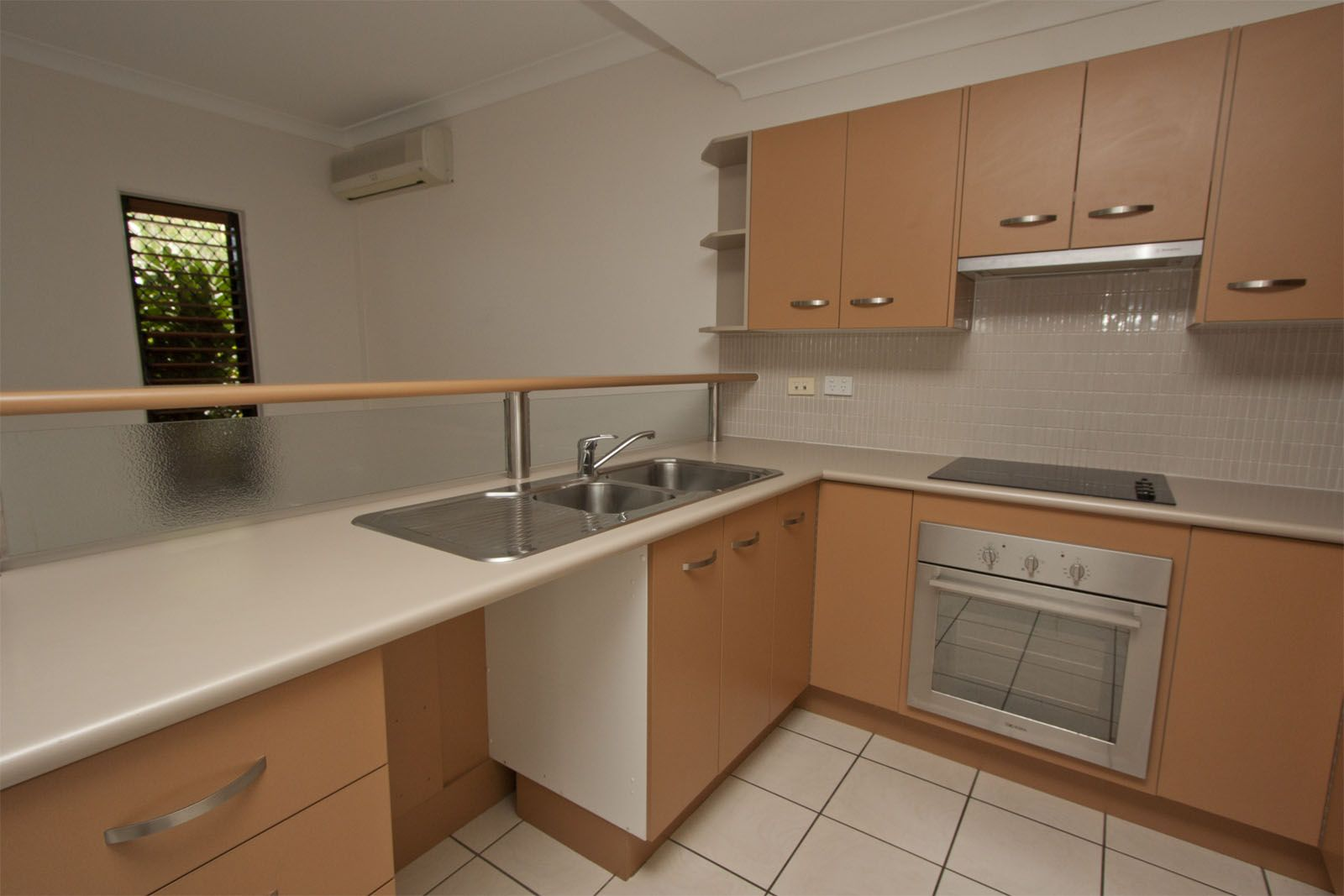 13/2 Freshwater Drive, Douglas QLD 4814, Image 2