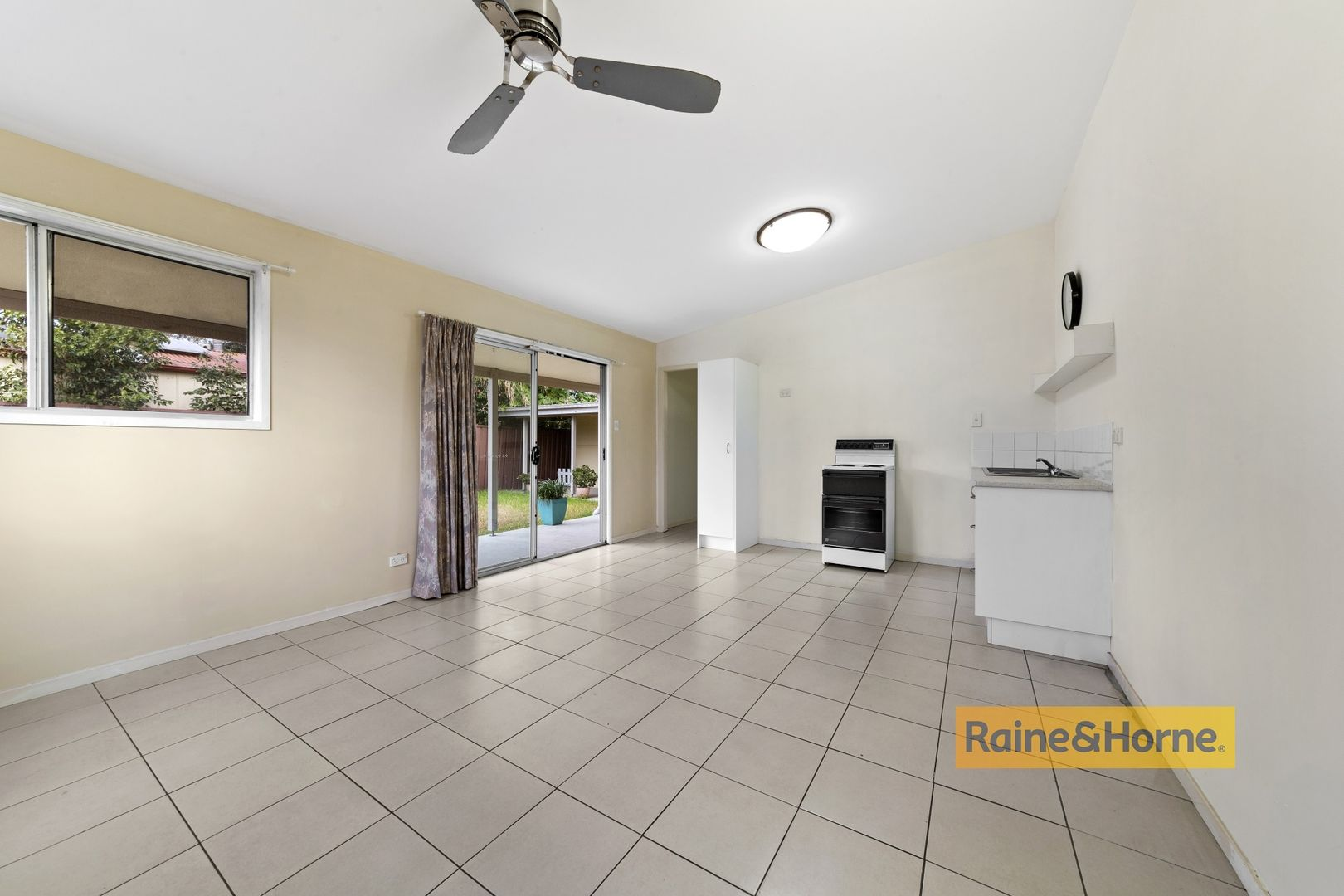 35A Mackenzie Avenue, Woy Woy NSW 2256, Image 1