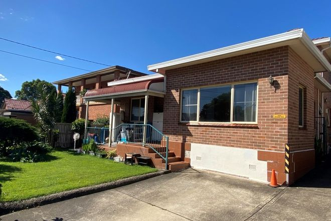 Picture of 2/38 Shaftsbury  Road, BURWOOD NSW 2134