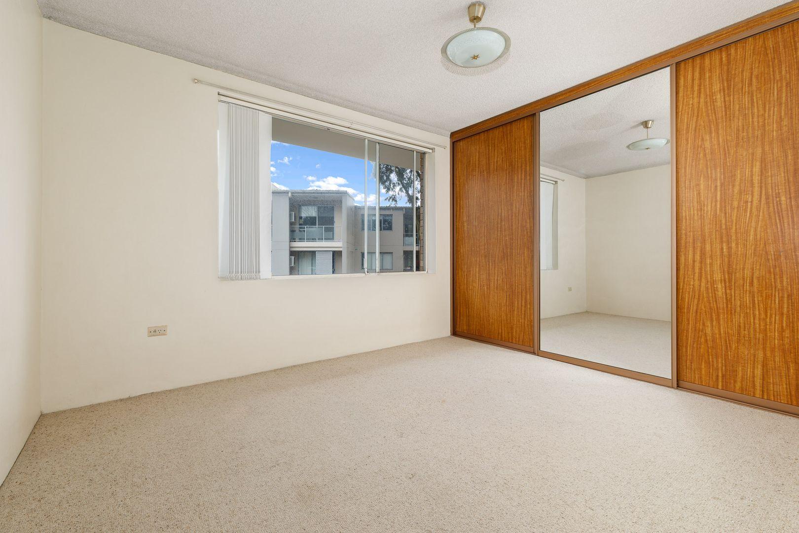 10/53 Doomben Avenue, Eastwood NSW 2122, Image 2