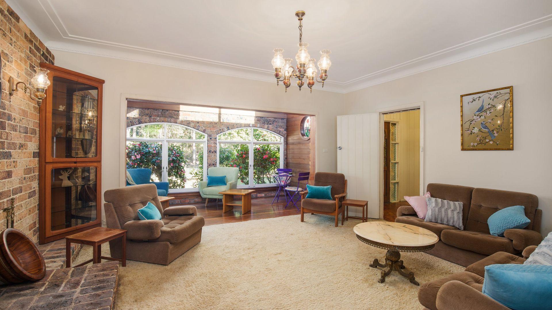 7 Lofberg Road, West Pymble NSW 2073, Image 2