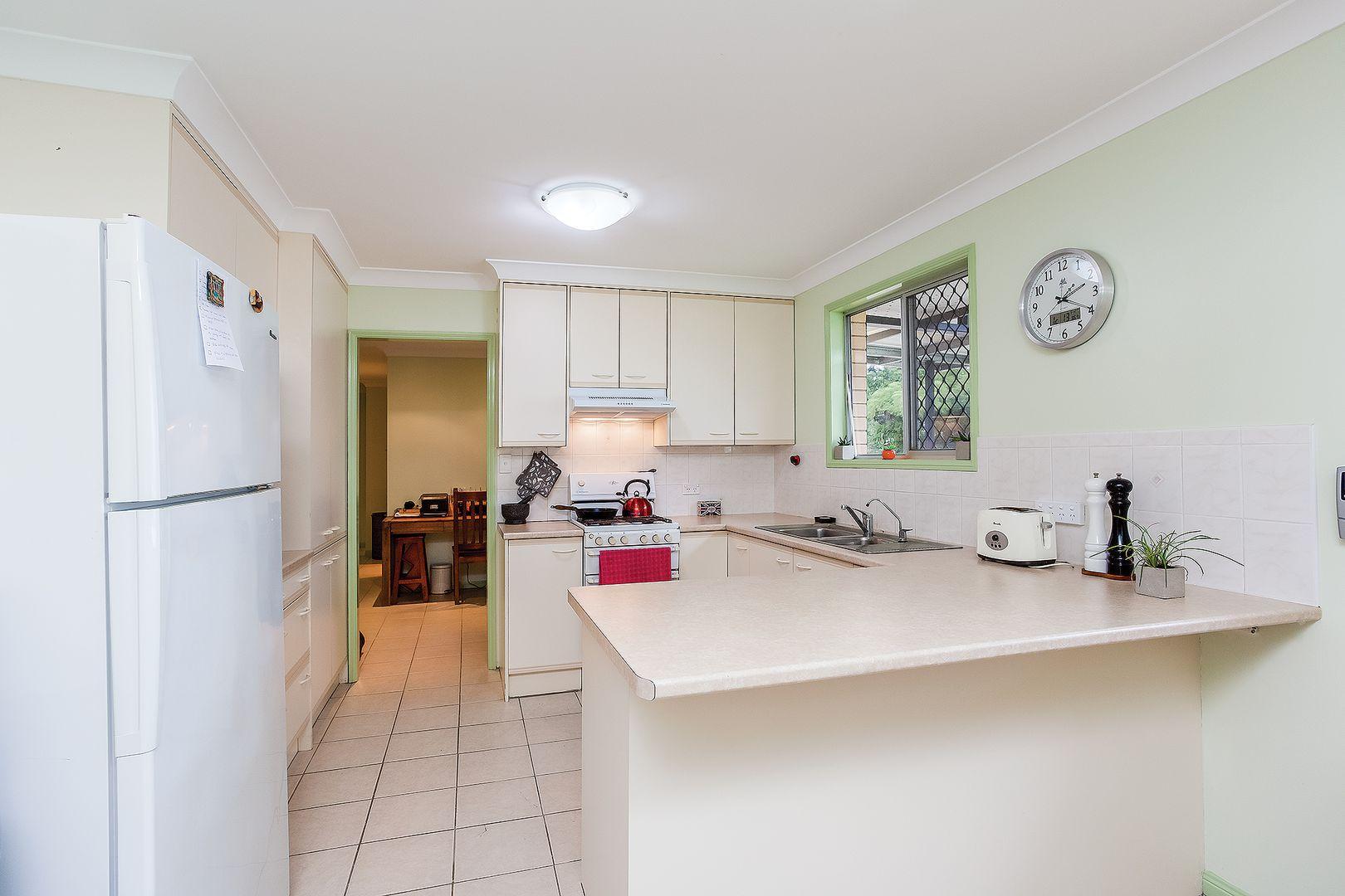 7 Noosa Road, Monkland QLD 4570, Image 2