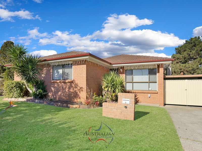 9 Bellini Place, St Clair NSW 2759, Image 0