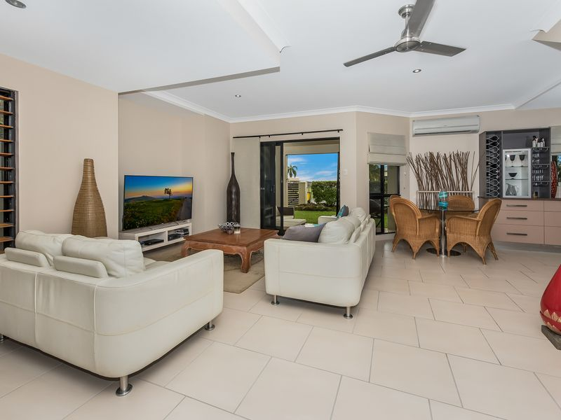 1-10/32 Pacific Avenue, Bushland Beach QLD 4818, Image 2