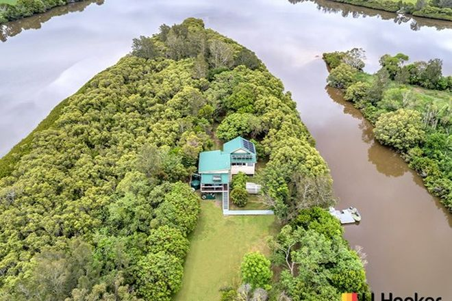 Picture of Little Yargai Island, WOOMBAH NSW 2469