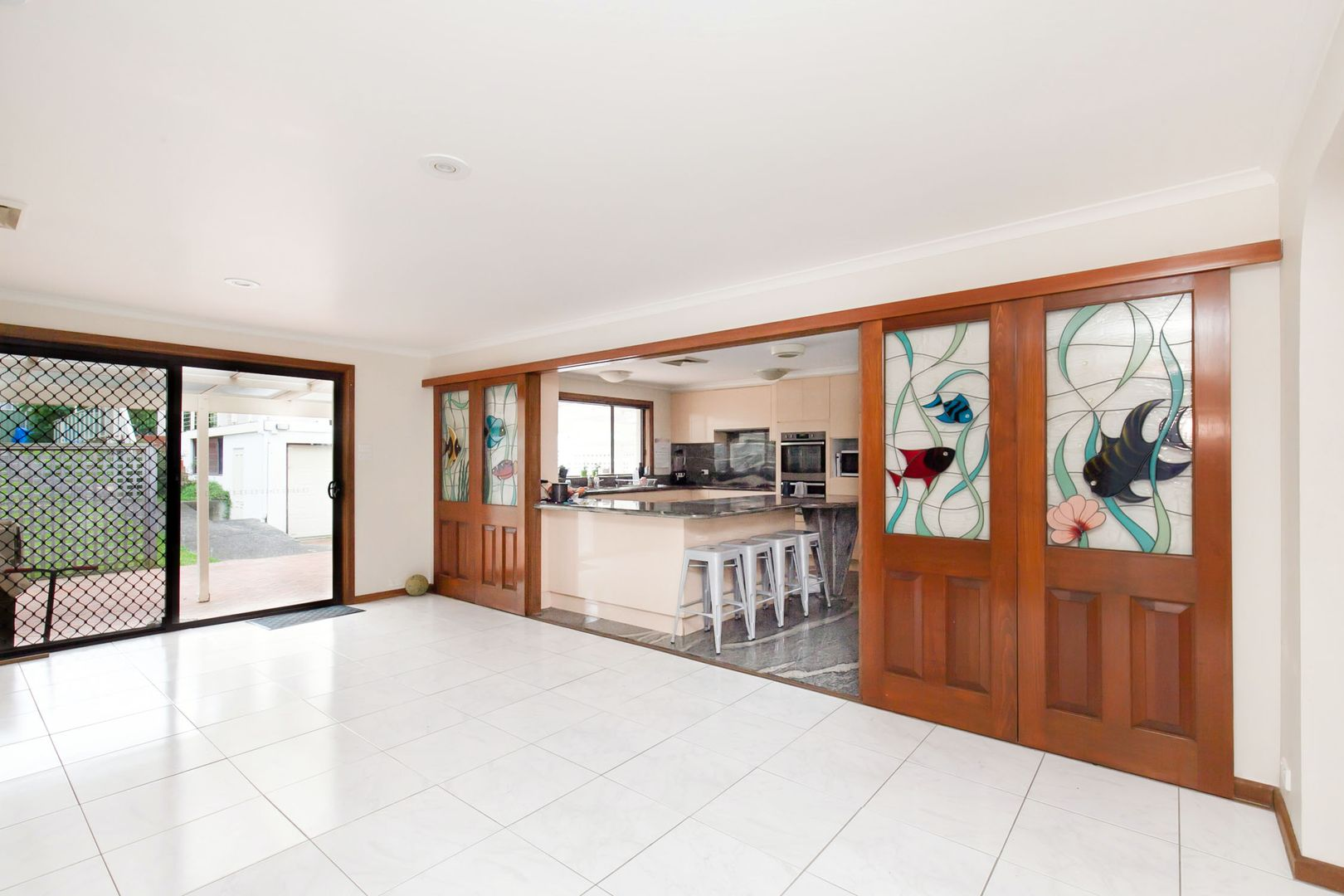 8 Tyrone Avenue, Forestville NSW 2087, Image 0