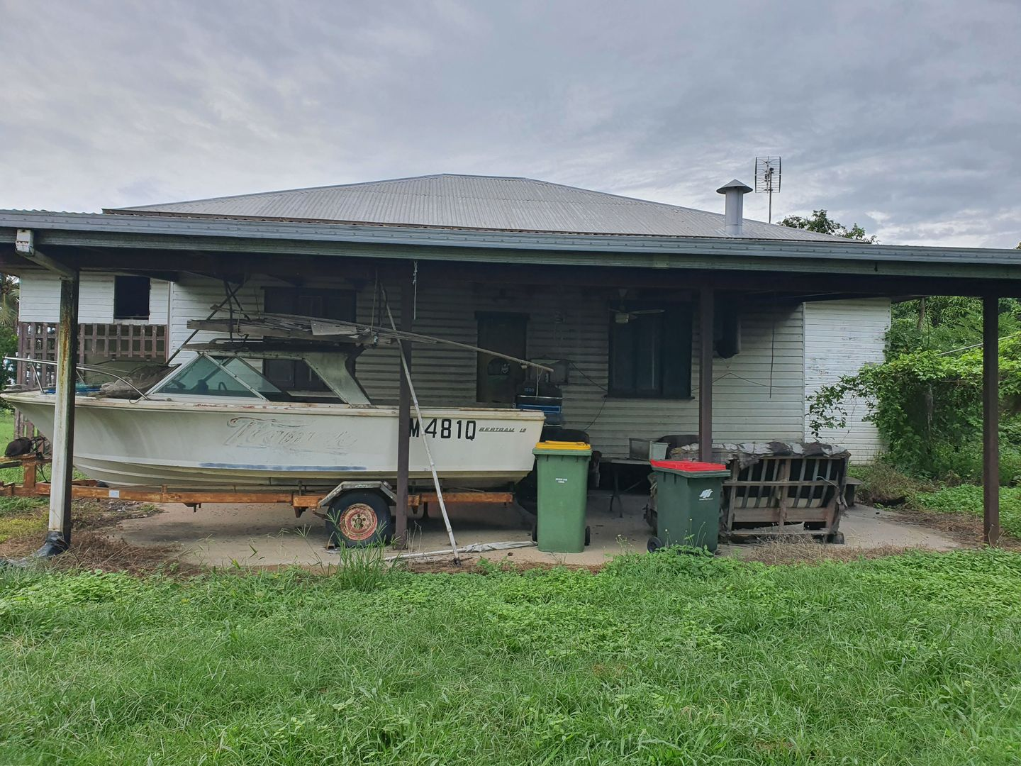 402 Maidavale Road, Airville QLD 4807, Image 2