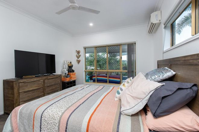 Picture of 20 Botha Street, BLACKS BEACH QLD 4740