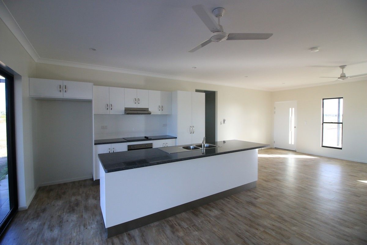 76 Drysdale St, Ayr QLD 4807, Image 2