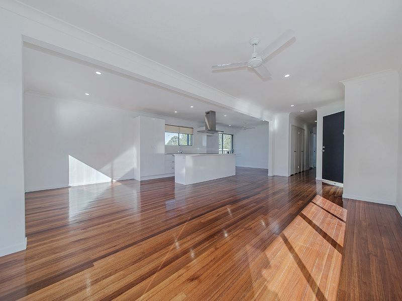 3 Elizabeth Place, Cornubia QLD 4130, Image 2