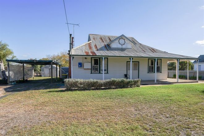 Picture of 8 Station Street, GOROKE VIC 3412
