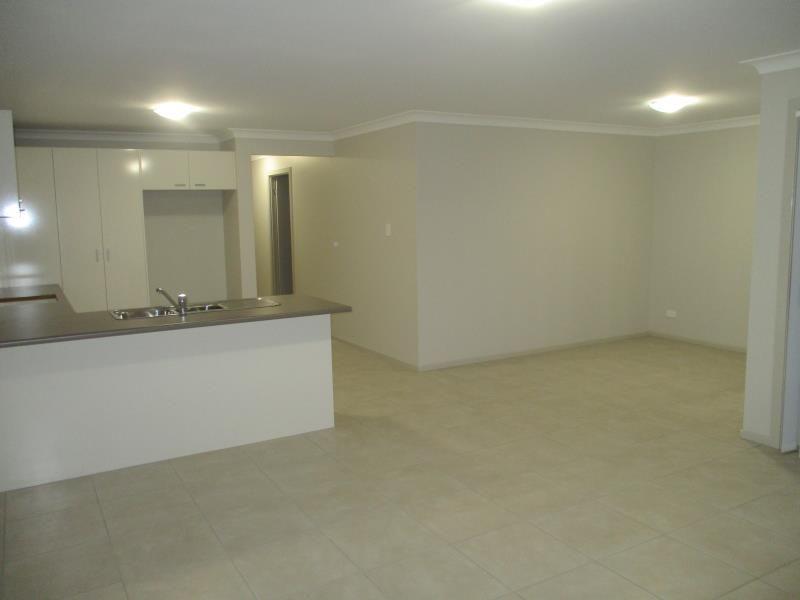 1/1a Bevan street, Cessnock NSW 2325, Image 2