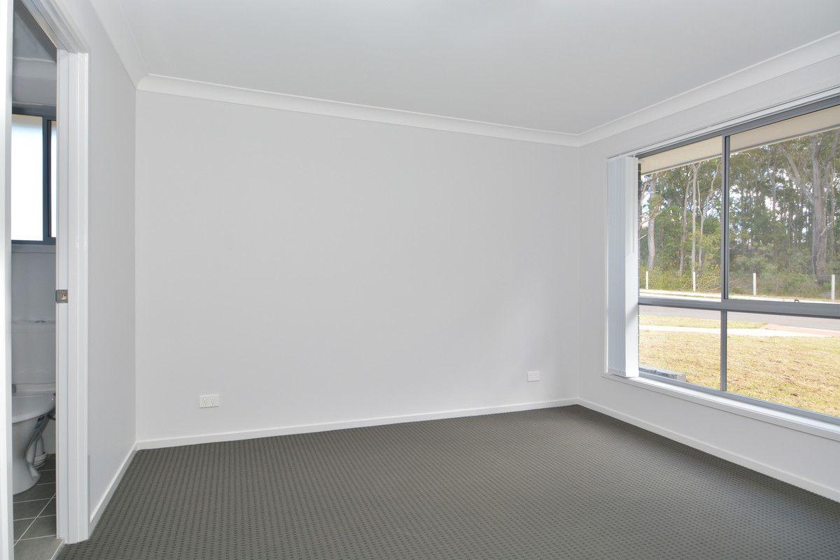 8 Honeymyrtle Street, Thornton NSW 2322, Image 1