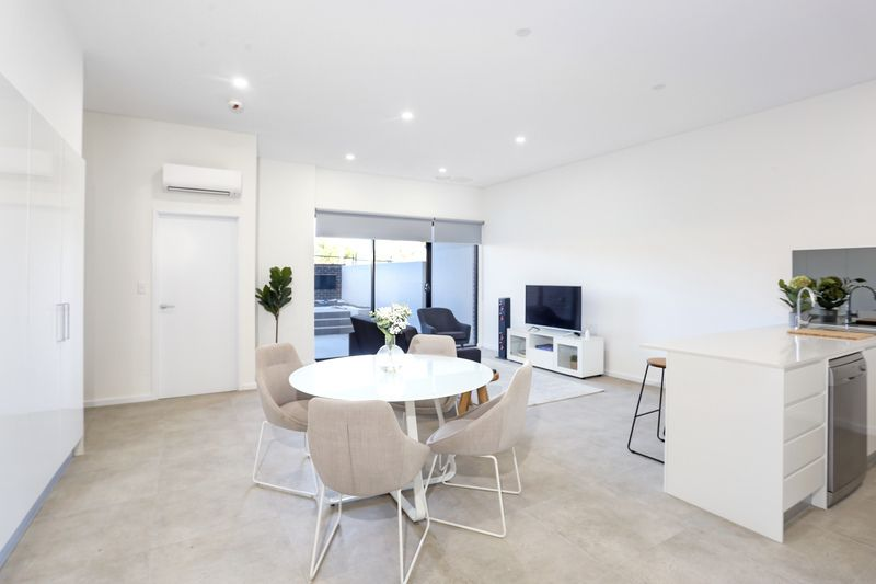 2 Pendle Way, Pendle Hill NSW 2145, Image 1