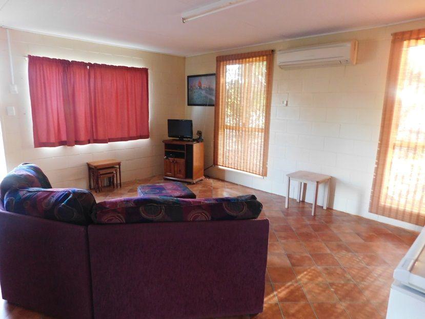 98 Daintree Street, Cloncurry QLD 4824, Image 2