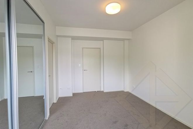 Picture of 42-44 Lawrence St, PEAKHURST NSW 2210