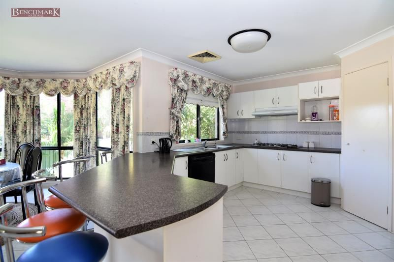 115 Ascot Drive, Chipping Norton NSW 2170, Image 1