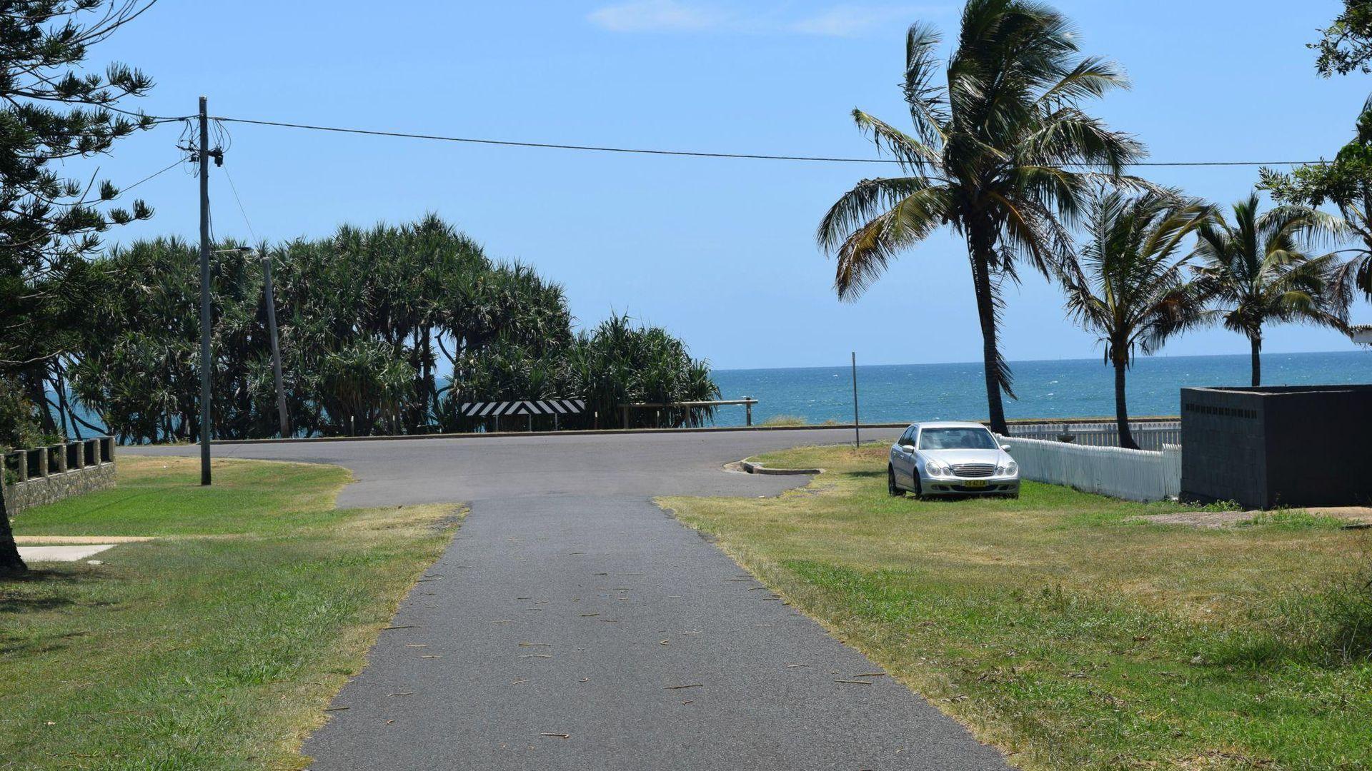 33 Dante Street, Burnett Heads QLD 4670, Image 2