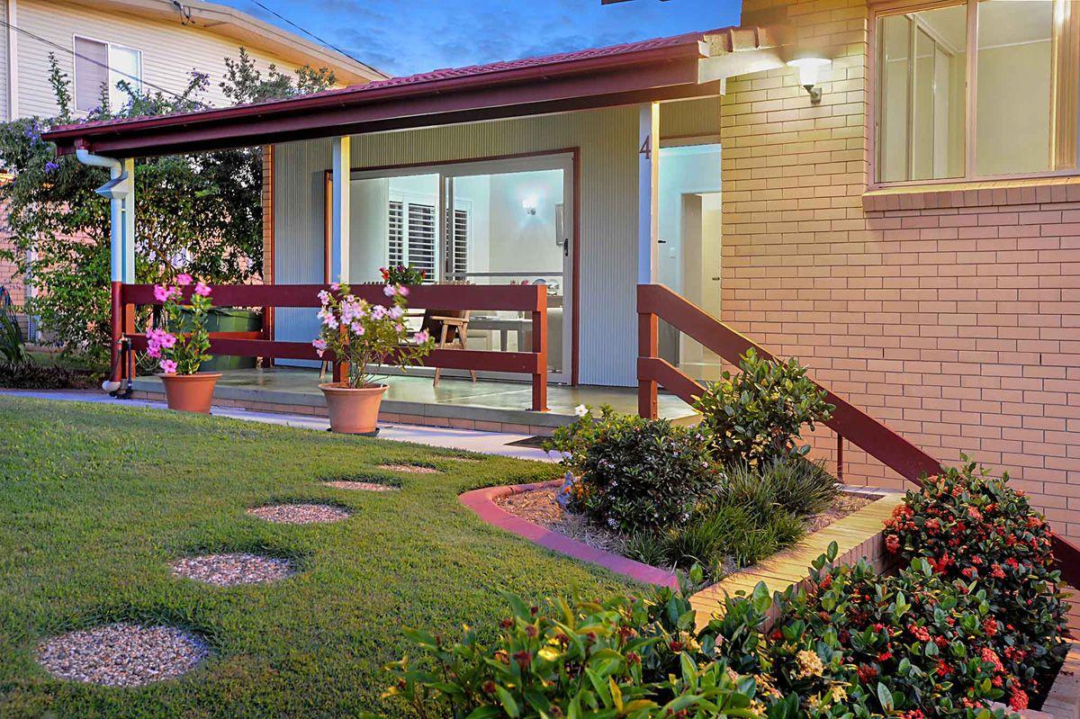 4 Eromba Cres, Ferny Hills QLD 4055, Image 1