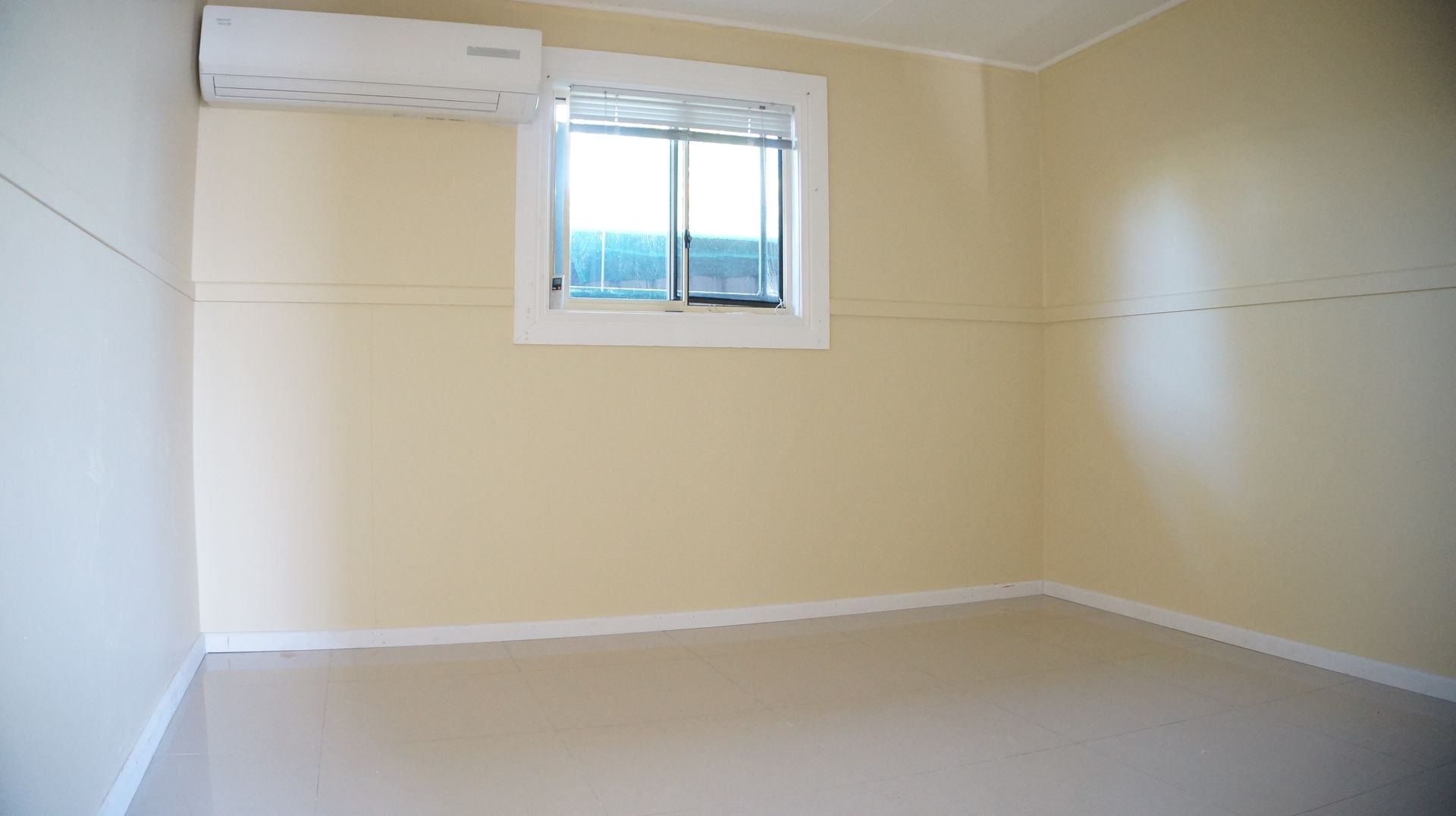 32 Montrose Avenue, Fairfield East NSW 2165, Image 2