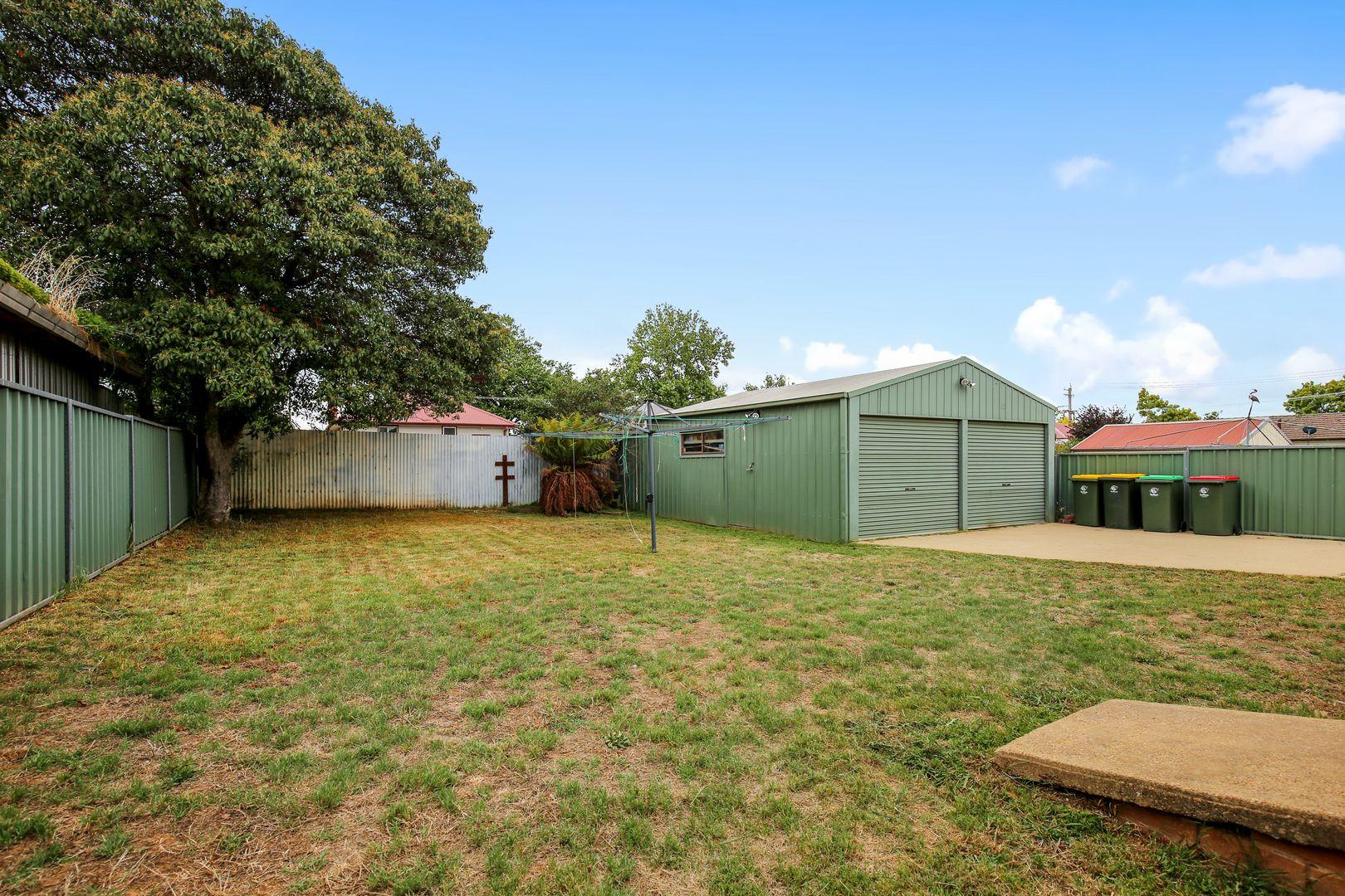 15 Tobruk Crescent, Orange NSW 2800, Image 2