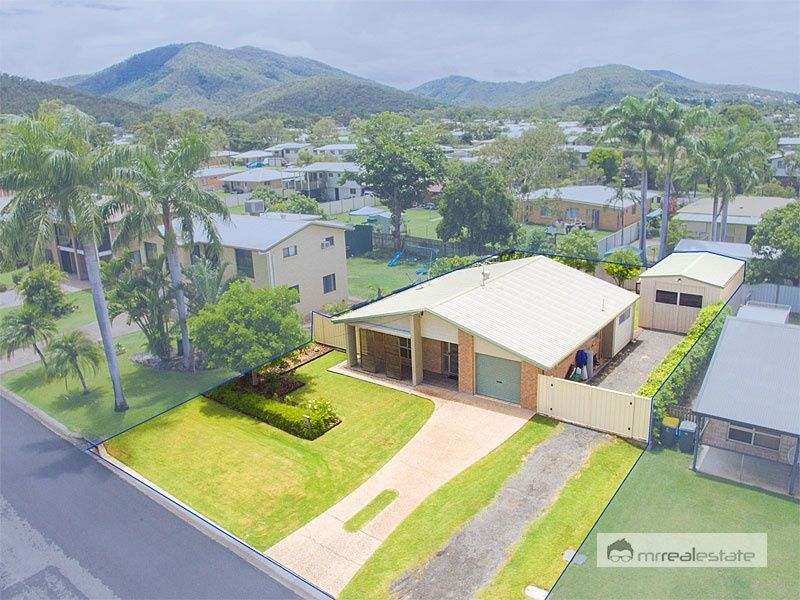 27 Kingfisher Parade, Norman Gardens QLD 4701, Image 0