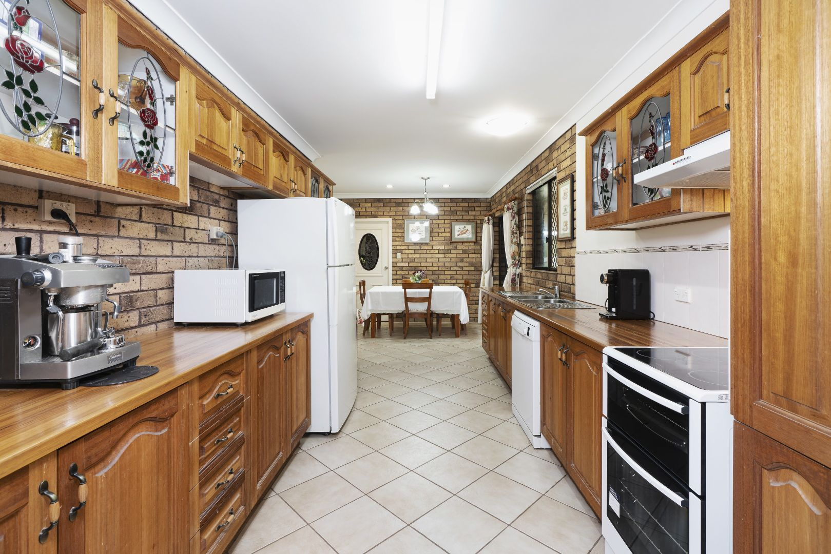 10 Hillside Drive, Junction Hill NSW 2460, Image 2