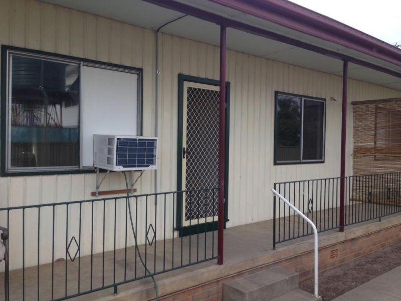 2/9 Campbell Street, Narrabri NSW 2390, Image 0